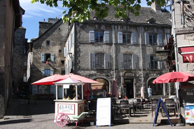 Auvergne besse en chandesse - Office du tourisme besse en chandesse ...